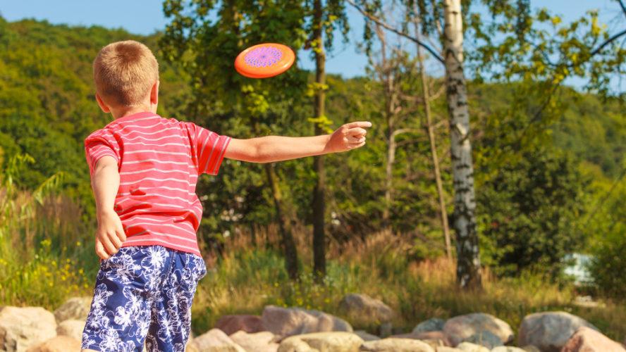 Roliga tävlingar för barnen du kan ordna hemma